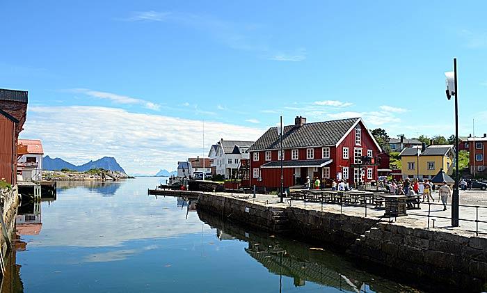 Kabelvåg. Foto: Yngvar Halvorsen og Merete Furustad