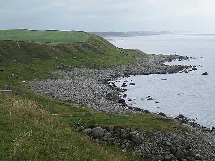 Kystlandskapet på Jæren varierer fra de flotteste sandstrender til rene kulesteinstrender. Foto: Knut Randem.