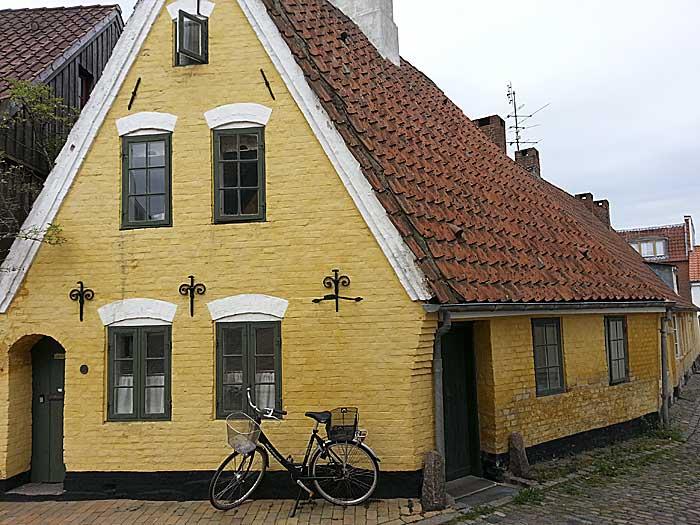 Litt av Åbenraas gamle bebyggelse. Foto: Knut Randem.
