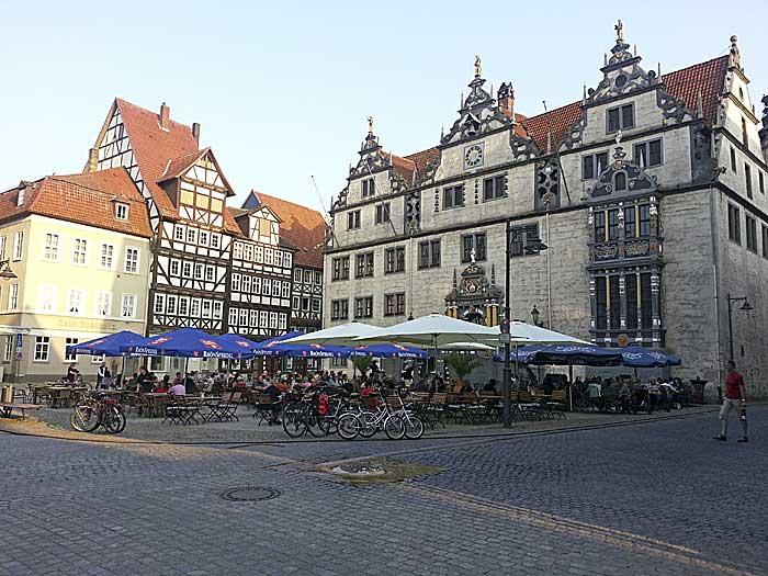 Det er kort vei til sentrum i Hann Münden. Foto: Knut Randem.