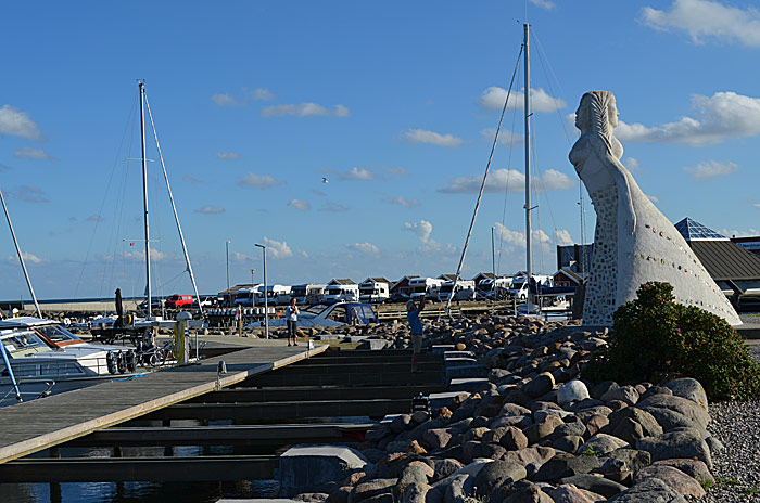 Sæby er vår perle. Her er bobilparkeringen. Foto: Yngvar Halvorsen.