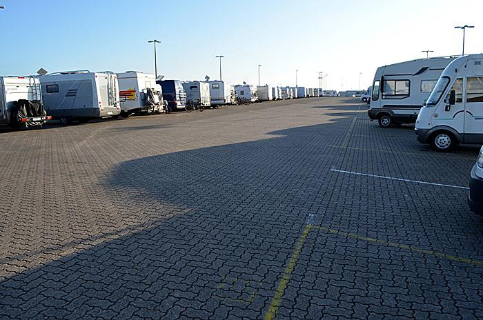 Bobilparkeringen i Cuxhaven er stor. Foto: Yngvar Halvorsen.
