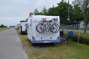 Bobilparkeringen i Groningen ligger litt utenfor byen. Foto: Yngvar Halvorsen.