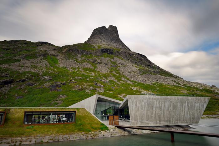 Trollstigen turistanlegg. Foto: Jarle Wæhler/Statens vegvesen