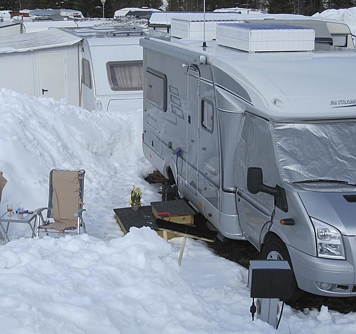 kjøre igjennom snø