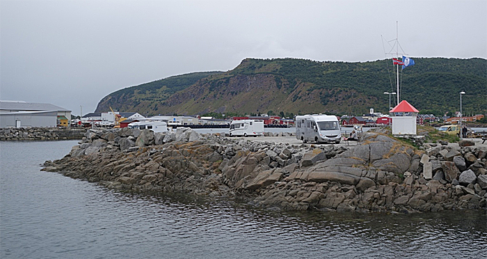 Melbu bobilhavn. Foto: Knut Randem.