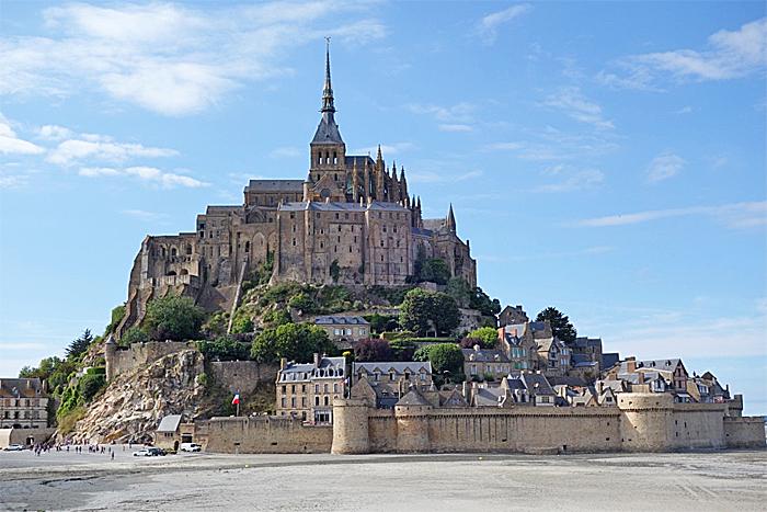 Lengst vest i Normandie bør du besøke klosterøya Mont Saint Michel. Foto: Knut Randem.