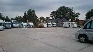 Potsdam stellplatz er designet for busser, men benyttes av bobiler. Foto: Knut Randem.