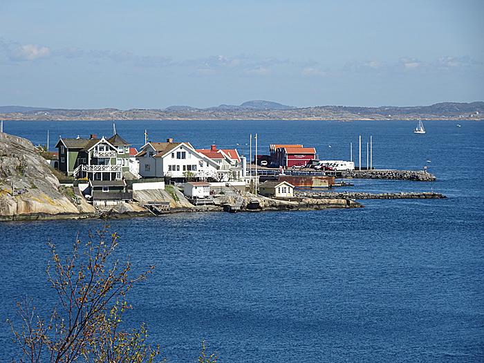 Det er syv bobilplasser på øya Knippla. Foto: Yngvar Halvorsen.