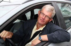 Utenlandssjef Jens Gravdal i forsikringsselskapet If advarer mot bilinnbrudd i Gøteborg.