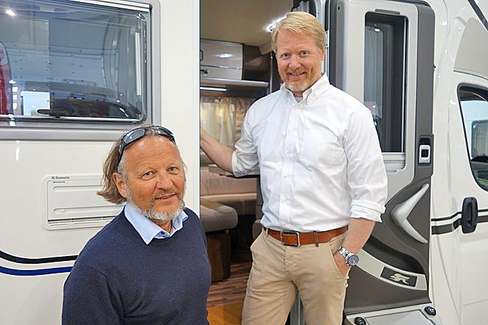 Geir Holm i NCB (t.v.) har bestilt den første store undersøkelsen av bobileiere. Anders Hovde i TNS Gallup har gjennomført undersøkelsen. Foto: Knut Randem.